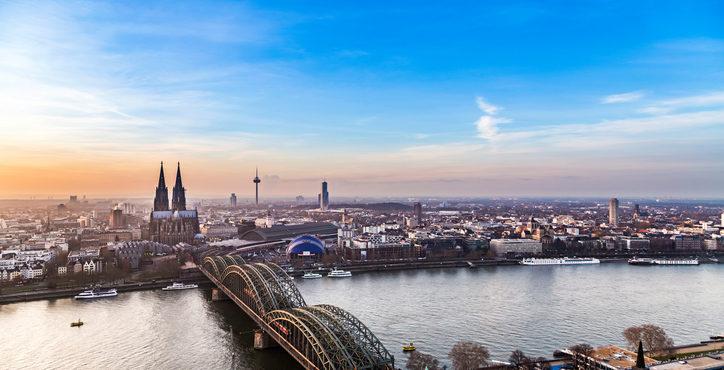Immobilien-Hotspot Köln: Sie wollen eine Wohnung oder ein Haus kaufen? – Gründe für einen Makler