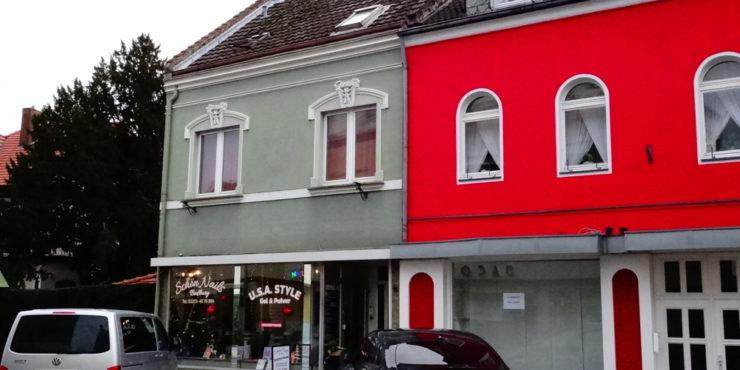 Interessante Kapitalanlage: Kleines Mehrfamilienhaus (2 Wohnungen, 1 Gewerbeeinheit)